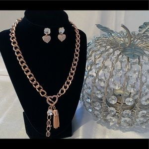 Bebe Necklace & Earrings Set